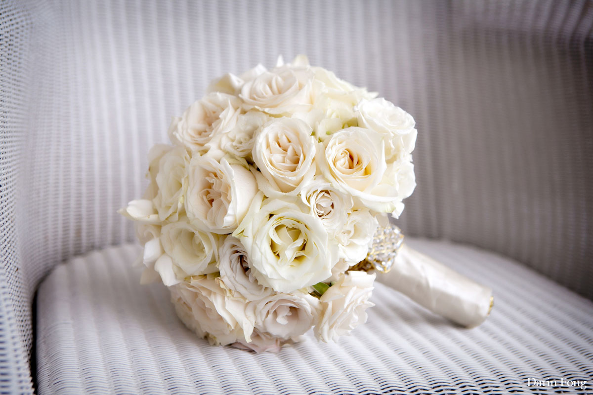 21 to die for white on white bouquets the newport bride junglespirit Images